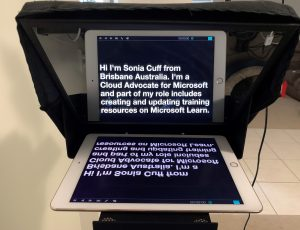 ipad showing text on a teleprompter